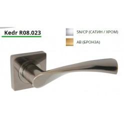 Ручка дверная на квадратной розетке R08.023-AL-AB, AL-SN/CP
