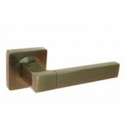 Ручка дверная на квадратной розетке R08.081-AL-AB, AL-SN/CP