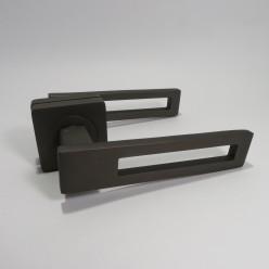 Ручка дверная на квадратной розетке R08.084-AL-Graffit, AL-SN/CP