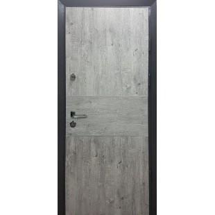 Дверь входная металлическая три петли серия HOUSE