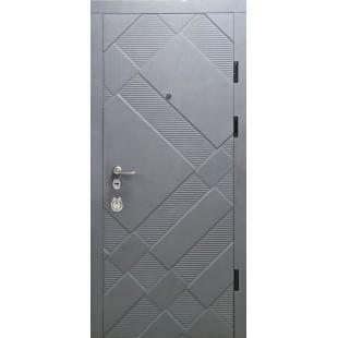 Дверь входная металлическая три петли серия Фортеза