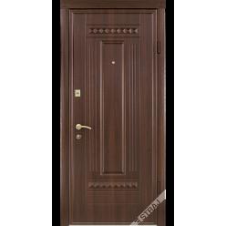 Дверь входная металлическая 61 орех темный